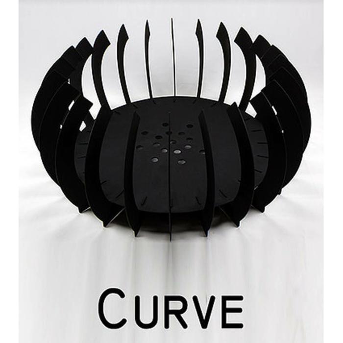 Braais-Freestanding-Fire-Blade-Curve-Black-Mild Steel