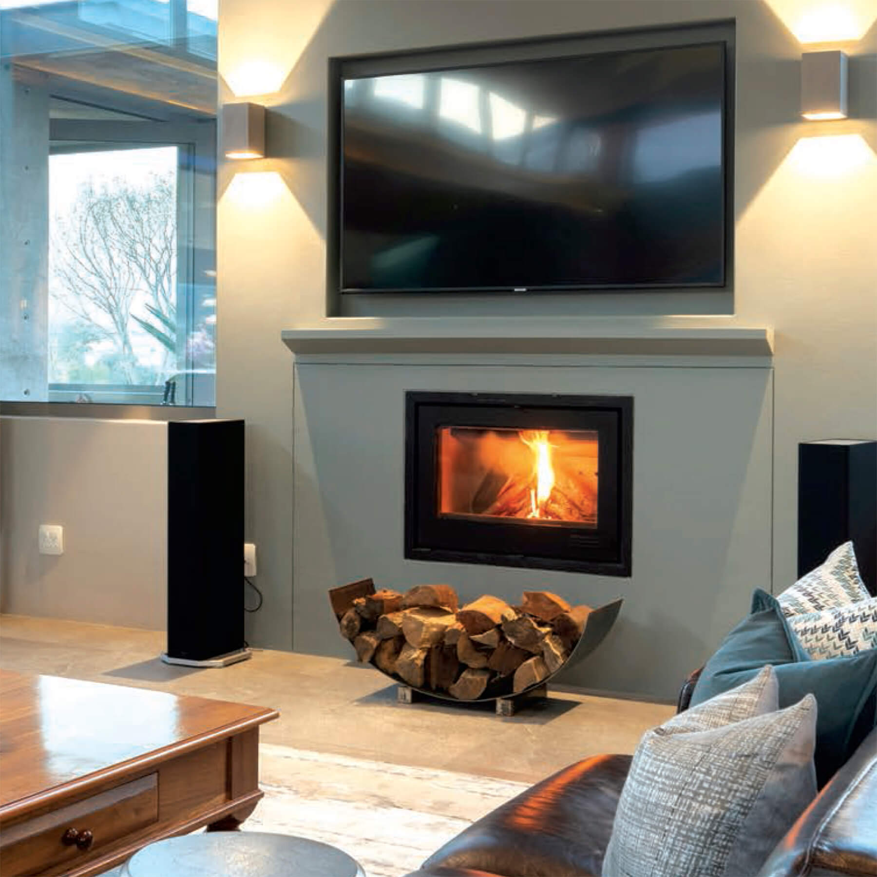 Combustion-Fireplaces-Built-In-14kw-Single-Sided-Insert-Convection-Unit-Environment