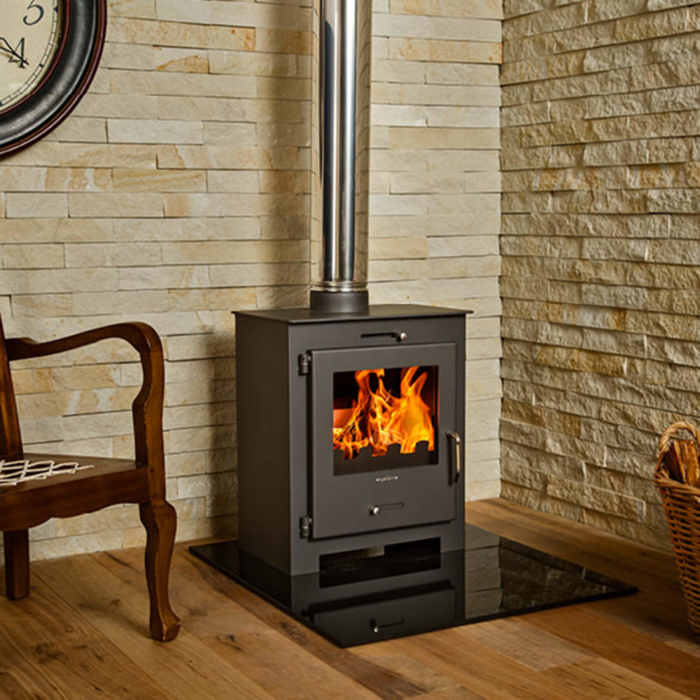 Combustion-Fireplaces-Freestanding-Bora-Lux