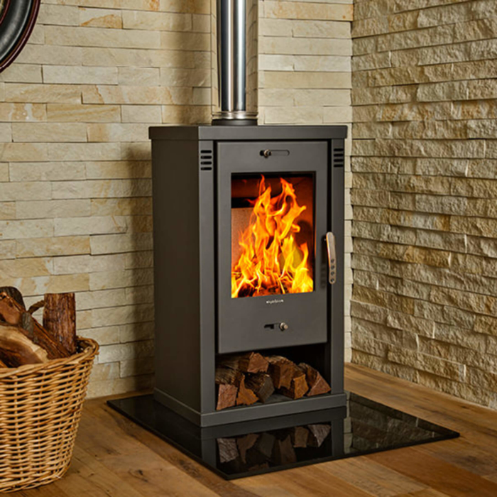Combustion-Fireplaces-Freestanding-Torino