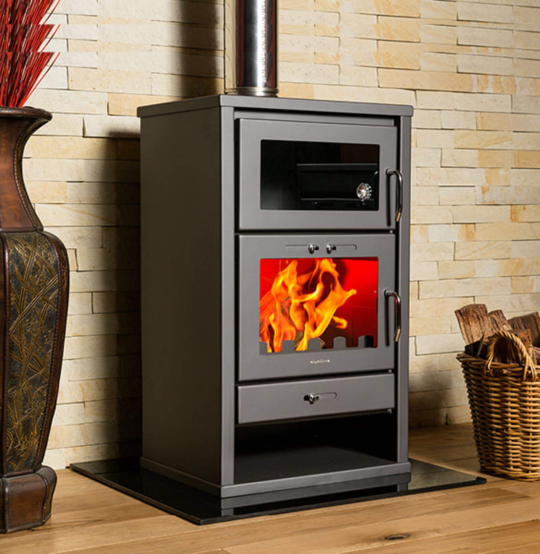 Combustion-Fireplaces-Freestanding-Triumph-F