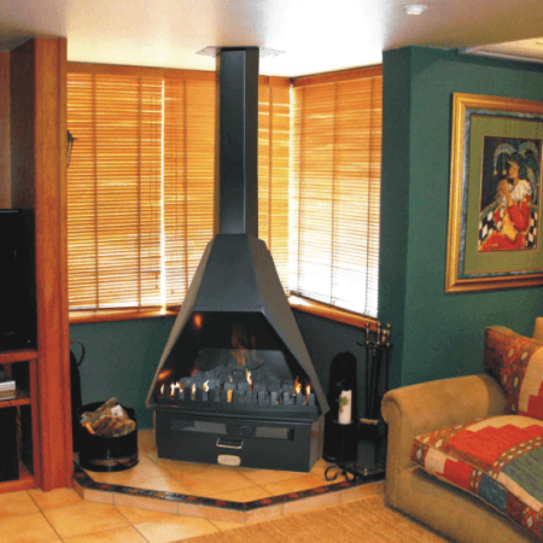 Gas-Fireplaces-Duke-Super-Gas-Freestanding